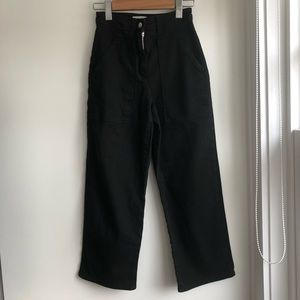 Aritzia Wilfred Free Wide Legged Cropped Jeans
